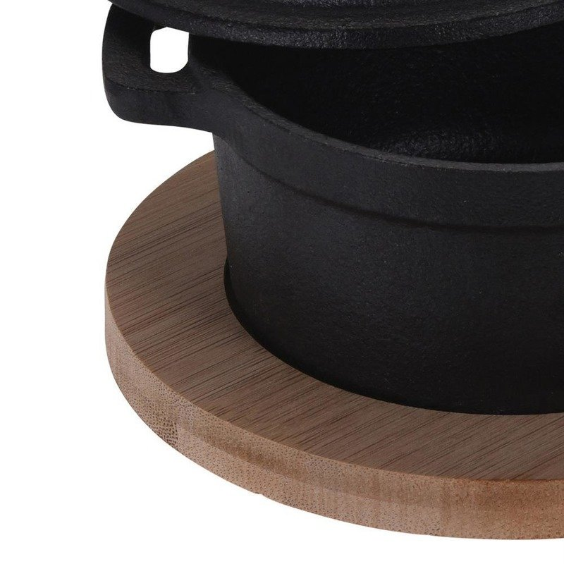 ORION Cast-iron cookware for serving on a board tray