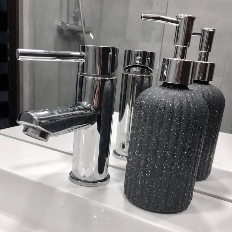 Dozownik pojemnik do mydła w płynie płynu SZARY